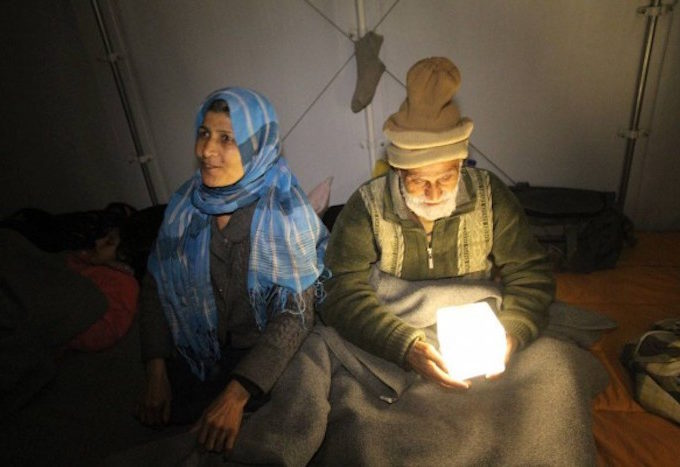 Nepalese earthquake victims using SolarPuffs in 2015. (Photo courtesy of SolarPuff)